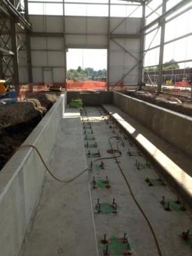 Rail track service yard